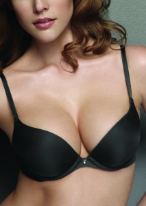 0a0bc9b247ad2 The Push Up Bra Look with Breast Implants